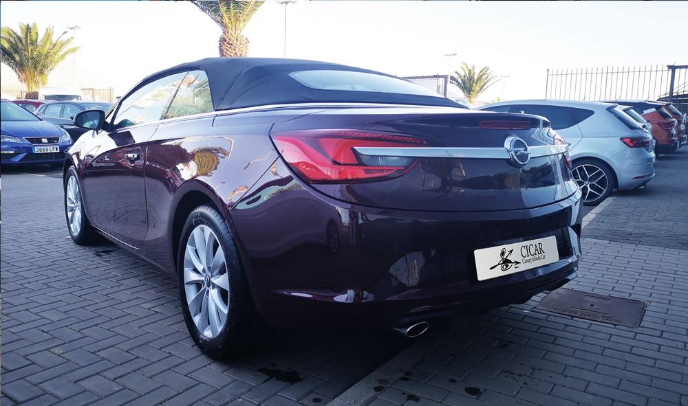 Varias unidades de Opel Cabrio Cabrio Excel 1.4 T 140cv S/S en Lanzarote