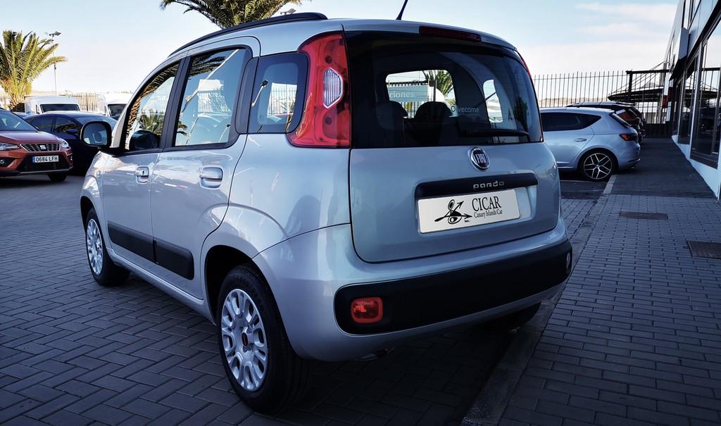 Varias unidades de Fiat Panda 1.2 Lounge 69 cv en Lanzarote