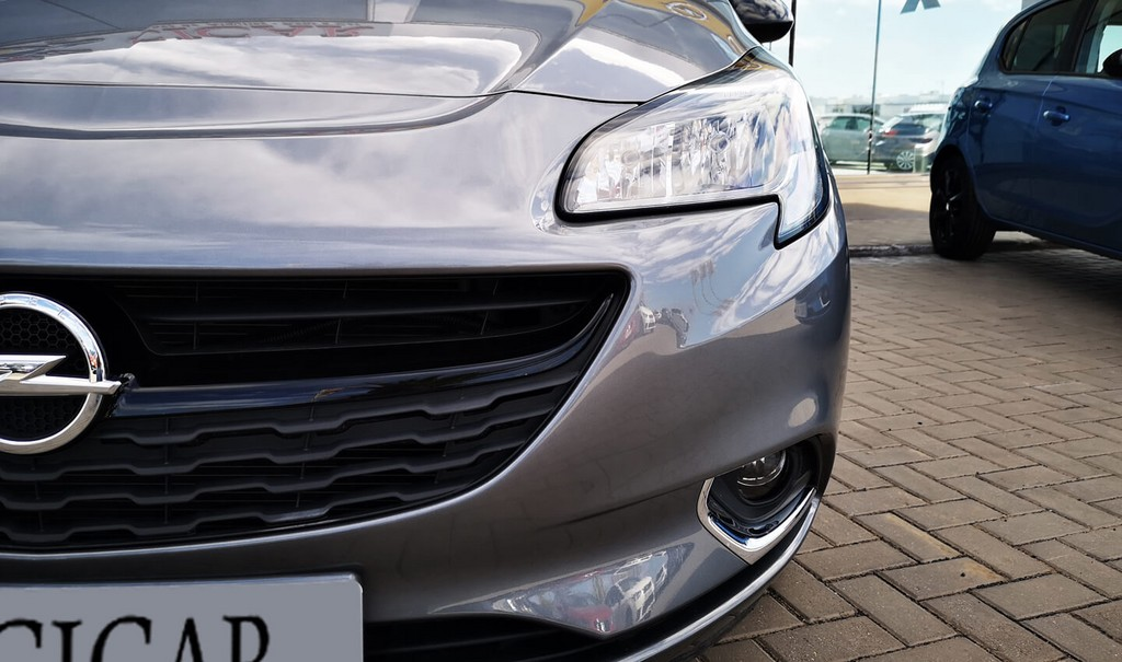 Última unidad de Opel Corsa 5p Color Edition 1.4 90Cv Mt5 en Lanzarote