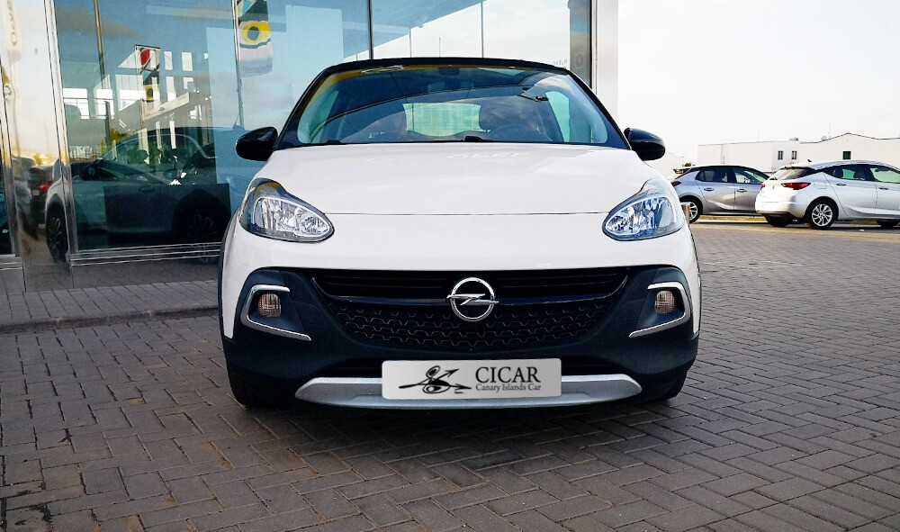 Varias unidades de Opel Adam 3p Rocks 1.4 Xel Start & Stop 87Cv Mt5 en Tenerife