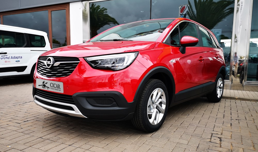 Varias unidades de Opel Crossland X Design Line 1.2 Gas Mt6 s/S 110cv en Gran Canaria