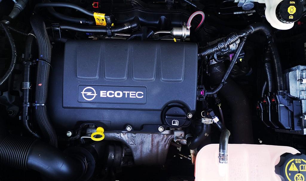 Última unidad de Opel Mokka Selective 1.4 4x2 s/S 140cv en Fuerteventura