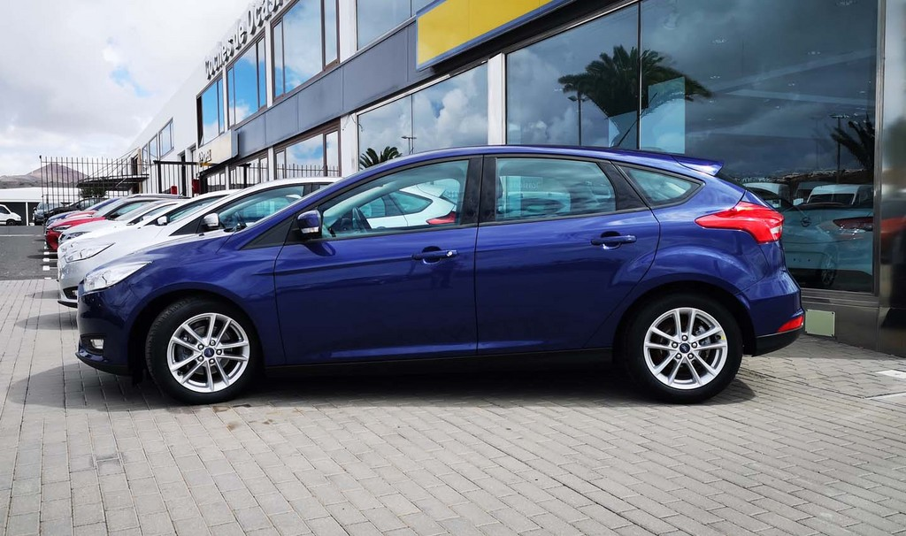 Última unidad de Ford Focus Mca Trend+5d 1.0eboost A en Fuerteventura