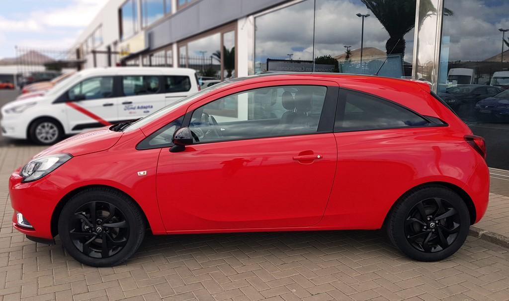 Varias unidades de Opel Corsa 3p Color Edition 1.4 90Cv Mt5 en Lanzarote