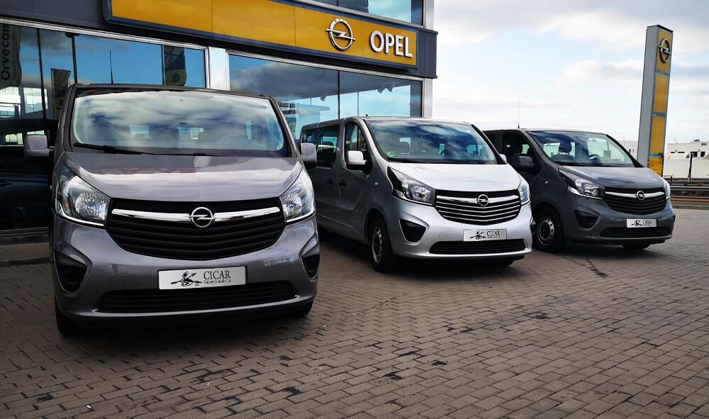 Última unidad de Opel Vivaro Combi 9 Plazas L1(corto) totalacristal en Tenerife incorporado el 06/10/2020