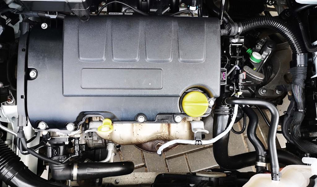 Última unidad de Opel Corsa 5p Color Edition 1.4 90 cv en Lanzarote