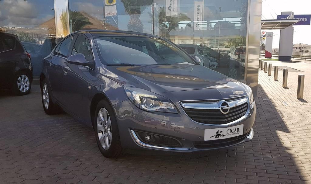 Última unidad de Opel Insignia Ins-5p Select 1.6 Cdti 136 Aut6 en La Palma