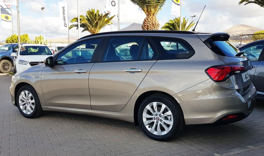 Última unidad de Fiat Tipo Sw 1.4 95 cv Easy en Fuerteventura incorporado el 13/05/2021