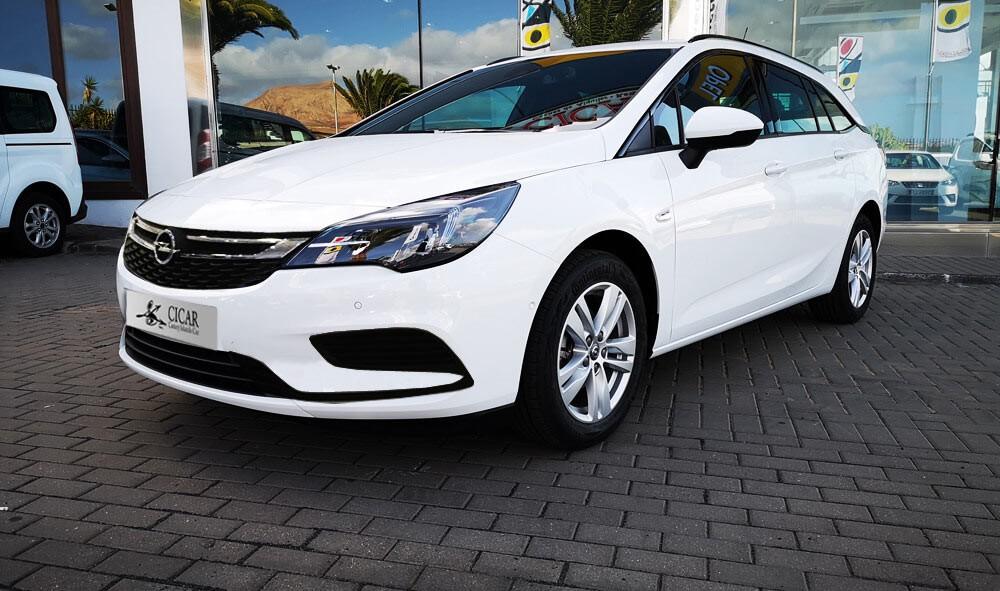 Varias unidades de Opel Astra St Excel 1.6d 136cv S/S en Lanzarote