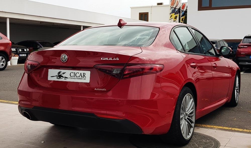 Última unidad de Alfa Romeo Giulia 2.0 Gme 200hp At en Lanzarote