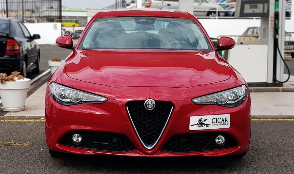Última unidad de Alfa Romeo Giulia 2.0 Gme 200hp At en Tenerife
