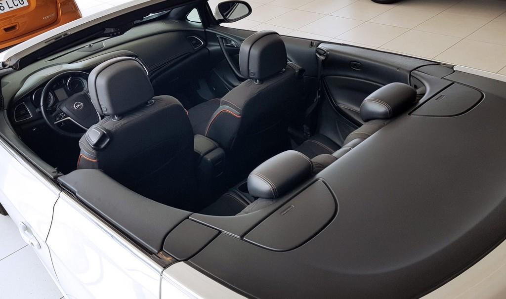 Última unidad de Opel Cabrio Excellence 1.4 T 140cv S/S en Gran Canaria incorporado el 25/03/2021